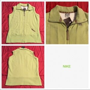 Nike lined vest NWT
